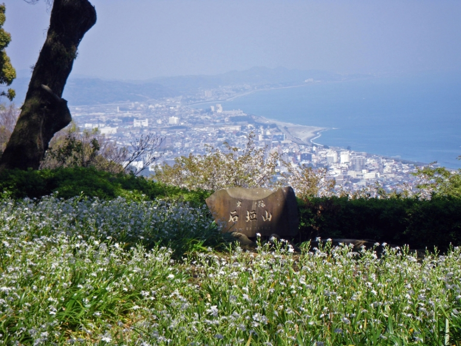 View of Sagami Bay from Ishigakiyama