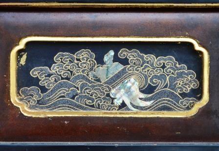 「本城舘」に造作された螺鈿細工