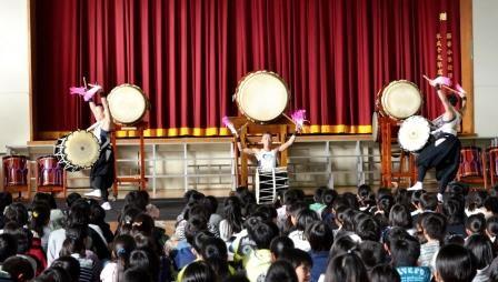「桶太鼓」のデモ演奏「山幸」