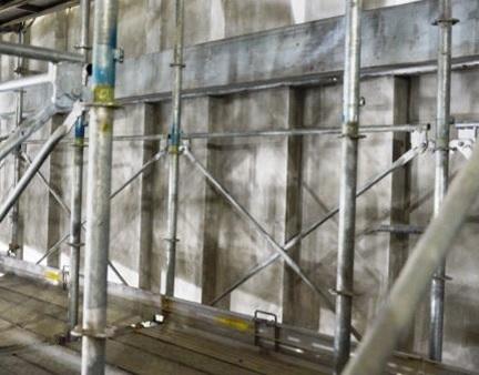 小ホールの壁面の音響設計(写真7)