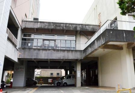 (写15)本館と大ホールを結ぶ渡り廊下