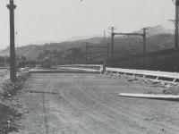 東海道線際に架けられた新早川橋
