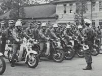市職員による交通安全指導隊結成