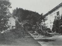 市立下中小学校木造校舎