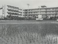 市立報徳小学校の開校式