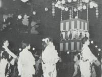天守閣前広場での夏まつり盆踊…