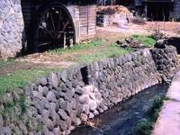 荻窪用水の水車