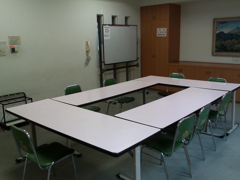 集会室101