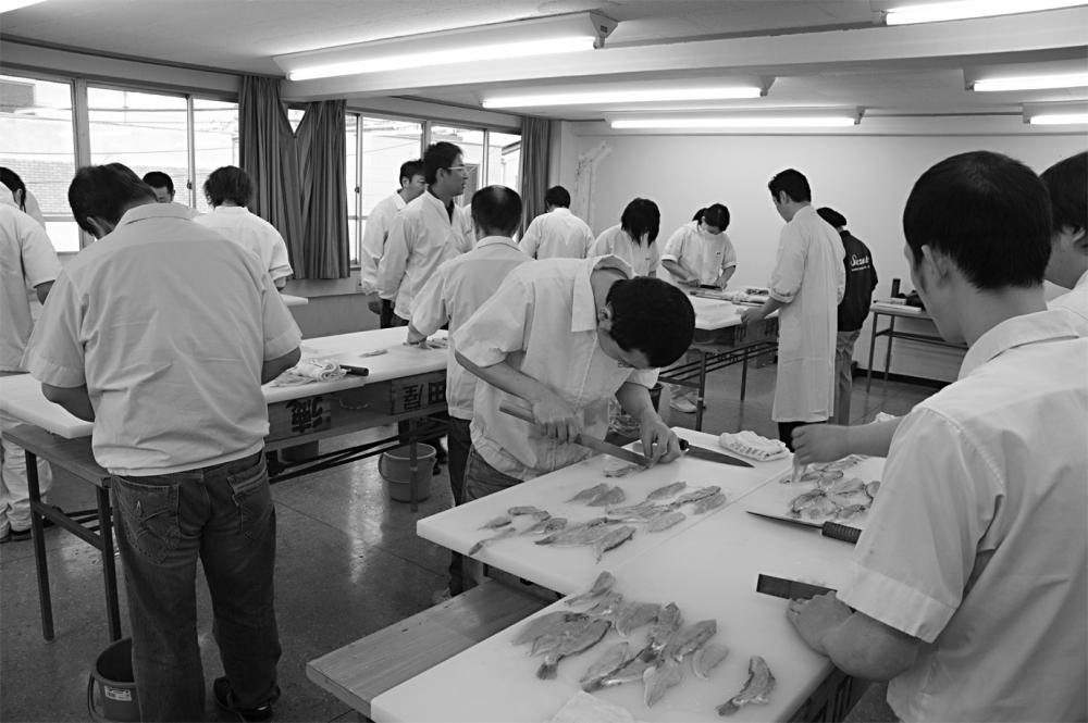小田原蒲鉾協同組合主催の研究会の様子