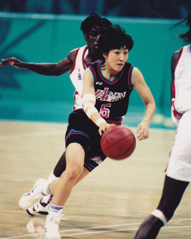 バスケットボール岩屋選手のプレー