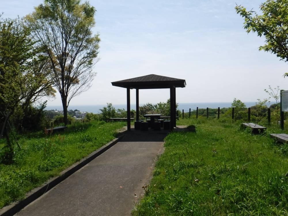 羽根尾史跡公園(四阿)