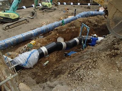 配水池敷地内配管施工状況