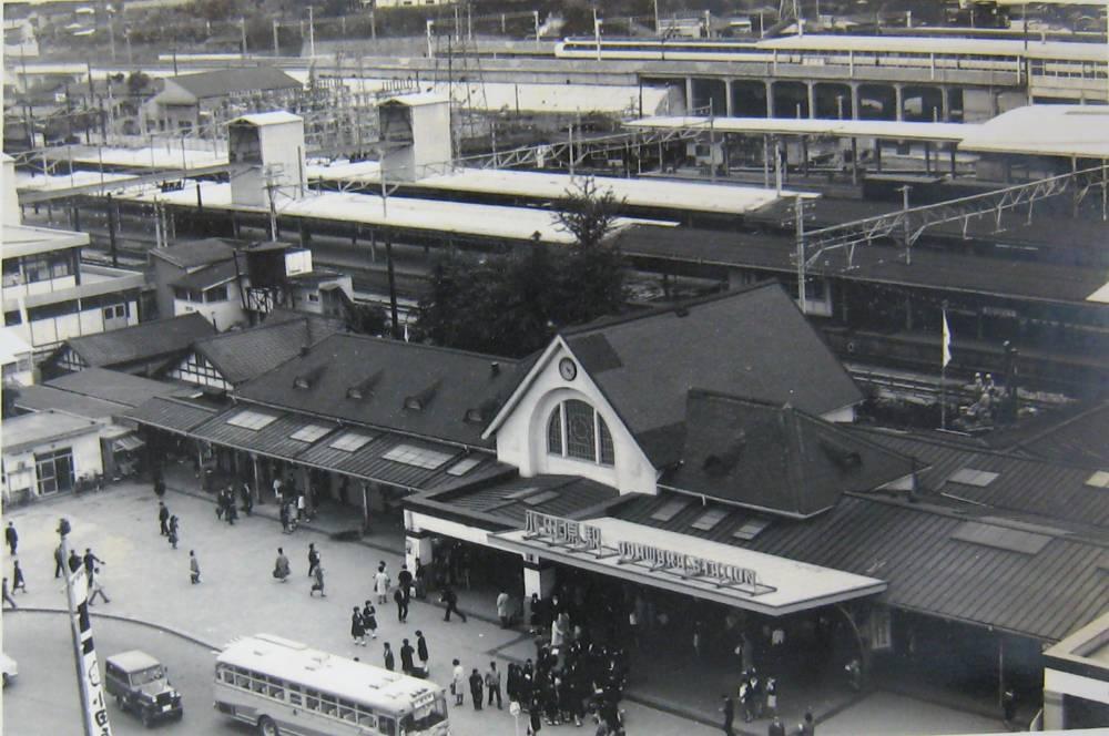 小田原駅(1966年岡部忠夫撮影)