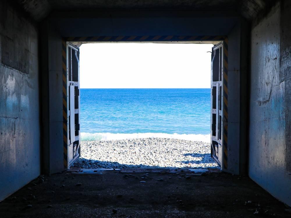 7.海へと続くトンネル