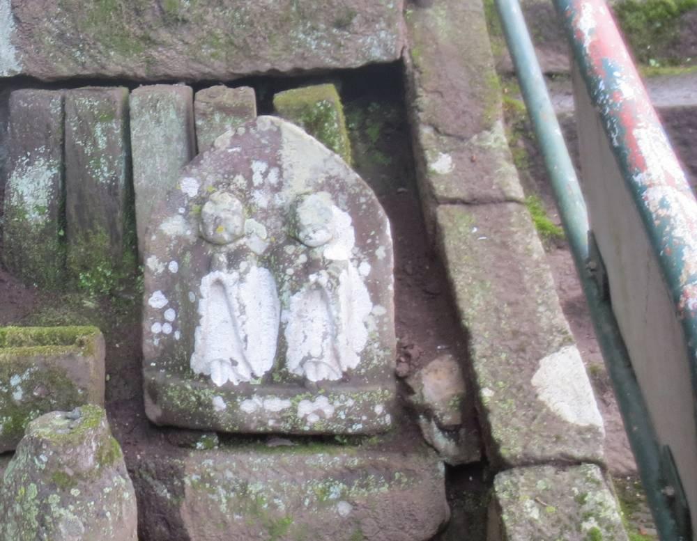 神山神社の道祖神