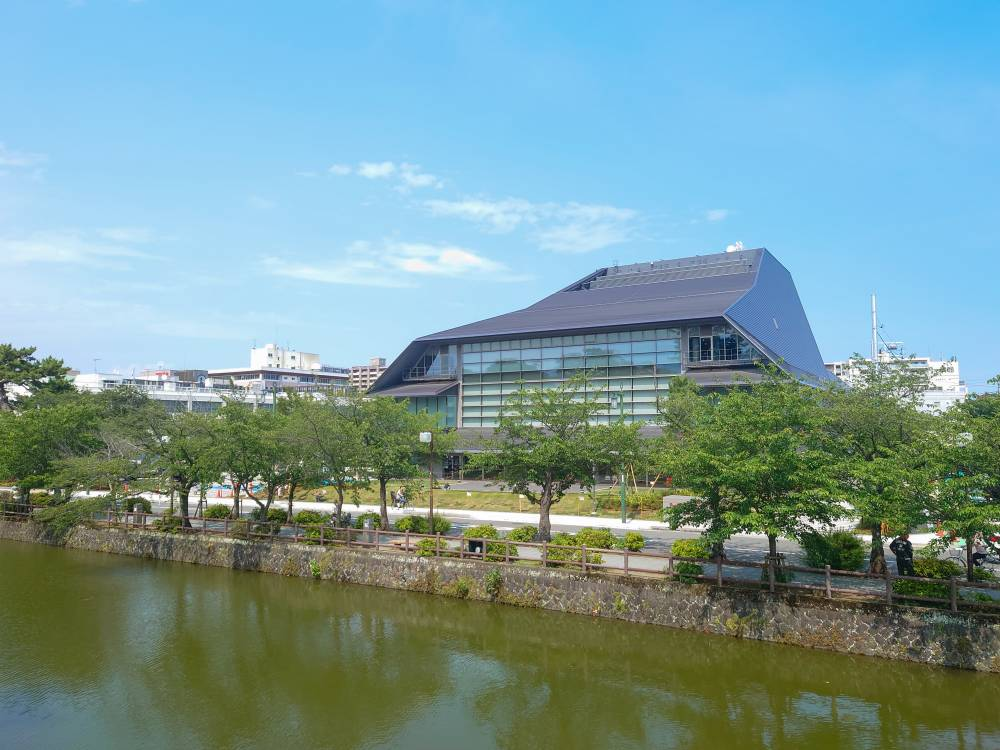 小田原三の丸ホール