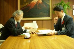 仙田先生と加藤市長