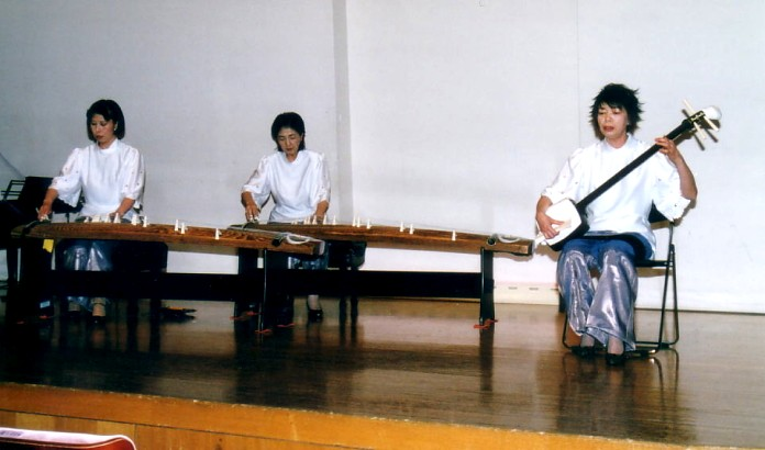 箏アンサンブル彩