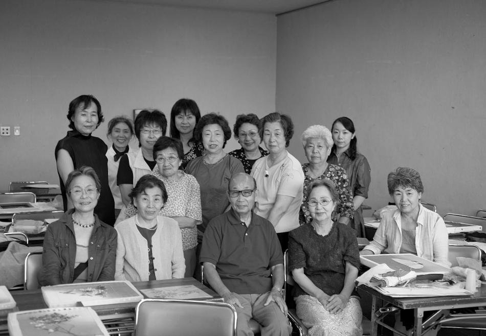 「縫の会」の生徒さん達と共に